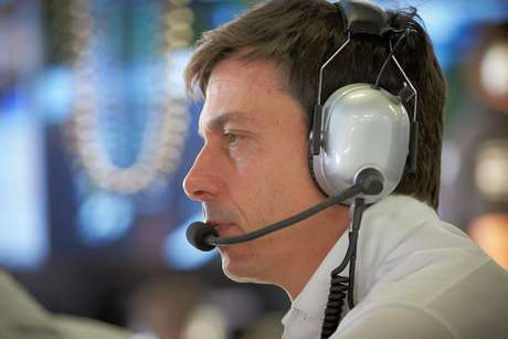 Wolff está ciente do risco da parceria McLaren-Mercedes em 2021