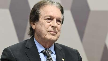 'Não sei por que ele falou isso', disse Luciano Bivar, presidente do PSL, sobre comentário de Bolsonaro