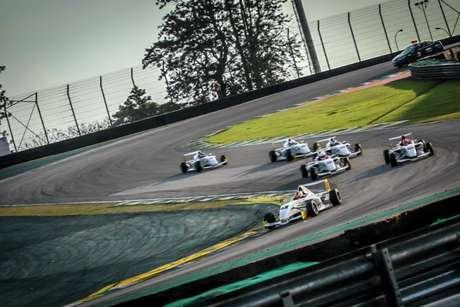 Cascavel recebe a segunda etapa da Fórmula Academy Sudamericana