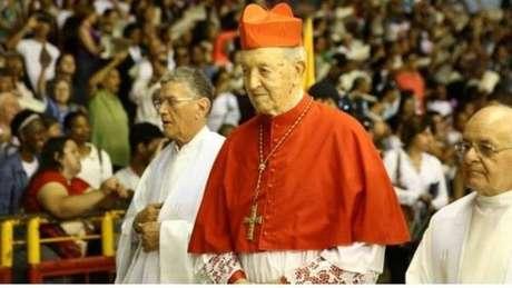 Papa Francisco lamenta morte de cardeal brasileiro