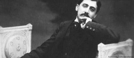 Marcel Proust em foto tirada por volta de 1900