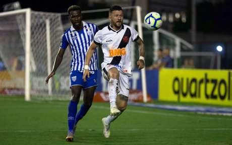 No primeiro turno, o Avaí conquistou um empate no fim em São Januário (Foto: Marcelo Goncalves PHOTO PREMIUM)