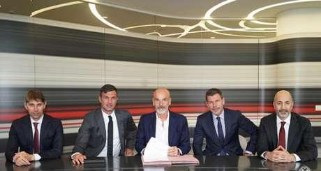 Pioli é o novo treinador do Milan (Foto: Reprodução)