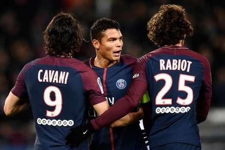 Cavani e Thiago Silva podem sair do clube, e Rabiot deixou o time na temporada passada (Foto: AFP)