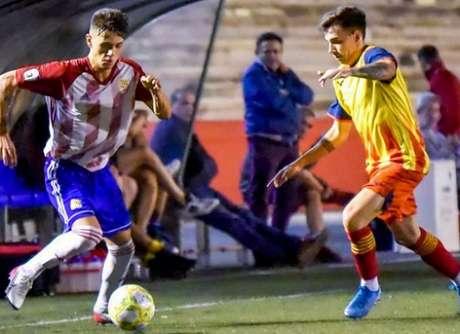 Thiago Pinto em ação pelo Mansera, da Espanha (Divulgação)
