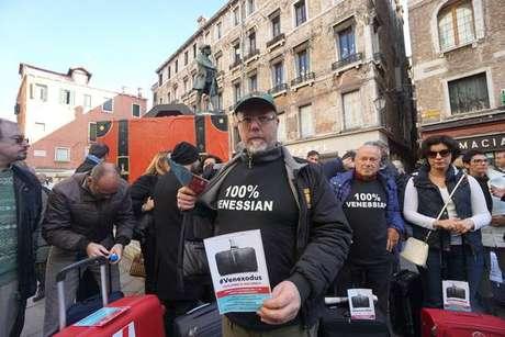 Moradores de Veneza protestam contra o turismo de massa na cidade, que provoca esvaziamento populacional do centro histórico