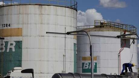 Tanque da Petrobras, a empresa está na lista de grandes poluidoras do Climate Accountability Institute