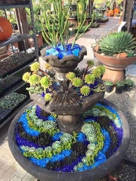 33. Arranjo especial formado pela composição de diferentes flores de suculentas. Fonte: Pinterest