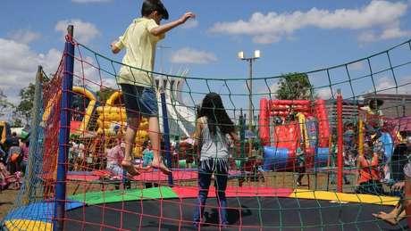 O Dia das Crianças custou a 'pegar'. Não havia feriado e o comércio não atentava para ela