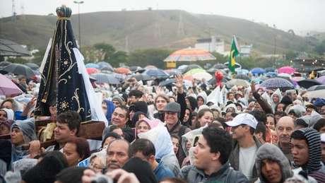 Cerca de 200 mil pessoas acompanharam visita do papa Francisco à cidade de Aparecida em 2013