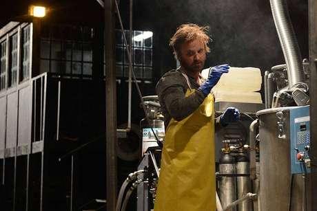 Aaron Paul era Jesse Pinkman, ex-aluno de Walter White que trabalha com o professor no laboratório de metanfetamina