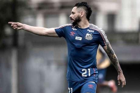 Pará agradece ausência de Guerrero em Inter x Santos (Ivan Storti/SFC)