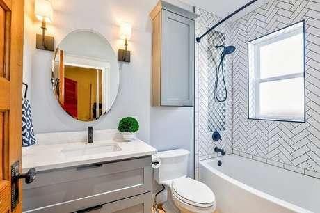 2. Mantenha o banheiro sempre bem ventilado para evitar o aparecimento do mofo – Foto: Pexels