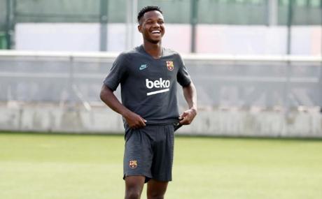 Ansu Fati foi convocado para defender a seleção sub-21 da Espanha (Foto: Divulgação/FCB)