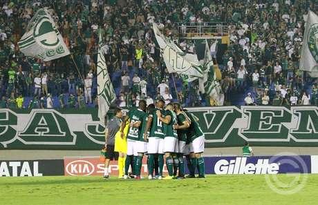 Na última rodada, o Esmeraldino conheceu sua primeira derrota no returno (Foto: Divulgação/Goiás)