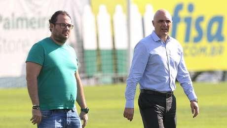 Maurício Galiotte saiu em defesa do diretor de futebol Alexandre Mattos (Foto: Cesar Greco)