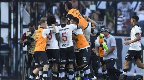 Vasco venceu o Fortaleza em São Januário com gol de Pikachu (Foto: Celso Pupo/Fotoarena/ Agência Lancepress!)