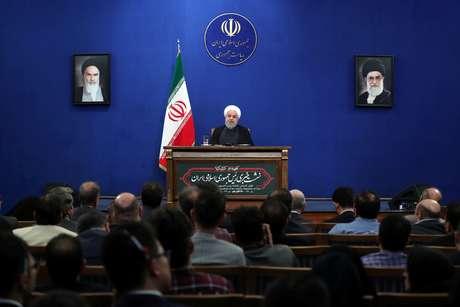 Presidente do Irã, Hassan Rouhani, concede entrevista coletiva em Teerã 14/10/2019 Site Oficial da Presidência/Divulgação via REUTERS