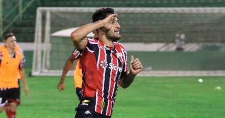 Com vitória em Campinas, o Botafogo-SP ganhou força na briga pelo G4 da Série B (Foto: Divulgação)