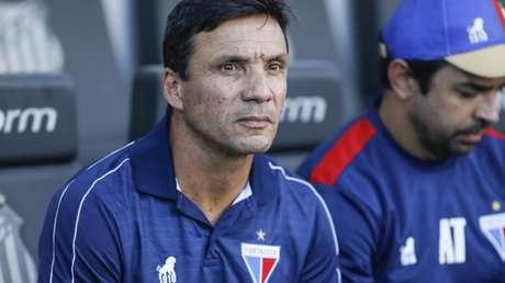 Zé Ricardo foi dispensado da equipe do Fortaleza. Em seu último resultado, o treinador levou uma goleada do Athletico-PR pelo placar de 4 a 1 na Arena da Baixada. Em sete partidas à frente da equipe, técnico teve quatro derrotas, dois empates e apenas uma vitória.