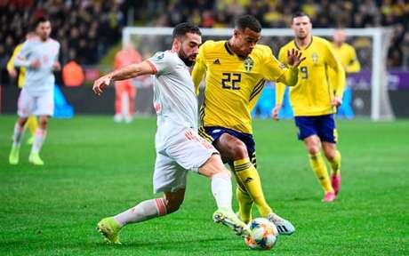 Suécia e Espanha fizeram um grande jogo em Estocolmo (Foto: JONATHAN NACKSTRAND / AFP)