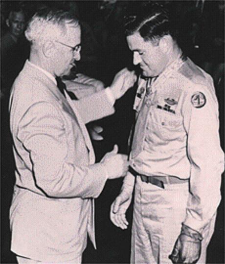 O presidente Truman deu os primeiros passos na Guerra Fria.