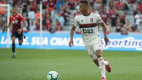 Aposta de Jorge Jesus, Lucas Silva foi elogiado pela atuação diante do Athletico (Foto: Alexandre Vidal/Flamengo)