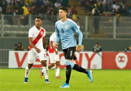 Estreando na seleção profissional, Nunez salvou o Uruguai da derrota para o Peru (Foto: AUF/Divulgação)