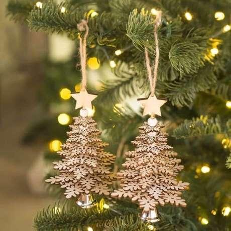 43. Lindas arvorezinhas douras como enfeites de árvore de Natal – Foto: WayFair
