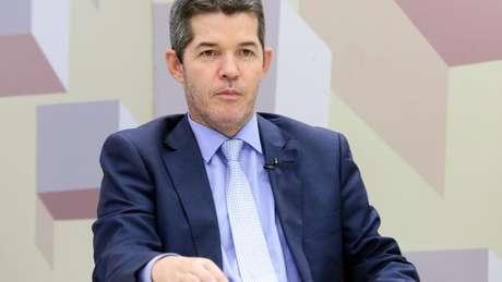 Delegado Waldir foi gravado dizendo que sempre foi 'fiel' a 'esse vagabundo', referindo-se ao presidente da República