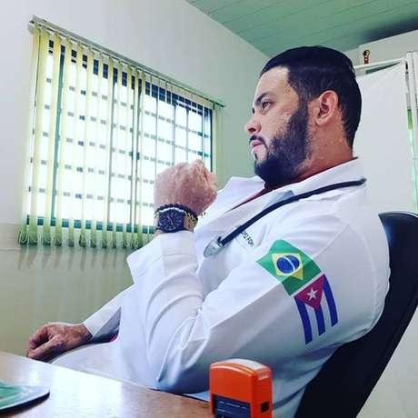 Erneys Font, de 33 anos, atuou pelo Mais Médico em Buriti Alegre, Goiás, por um ano e meio, mas não conseguiu refúgio
