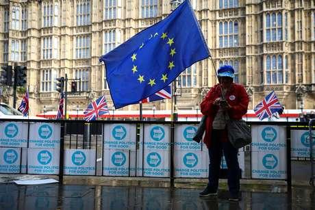 Protesto contra Brexit na frente de Parlamento britânico em Londres 17/10/2019 REUTERS/Tom Nicholson