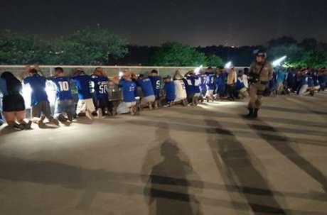 A PM teve de agir mesmo com o pedido do Cruzeiro para que houvesse paz entre torcedores de organizadas-(Reprodução/PMMG)