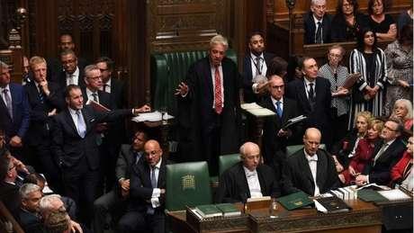 A última vez em que os parlamentares se reuniram em um sábado foi para debater a invasão das Ilhas Malvinas pela Argentina