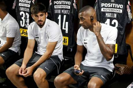 Bruno Méndez e Marllon devem formar dupla de zaga pela primeira vez no Corinthians (Foto: Rodrigo Gazzanel/Ag.Corinthians)
