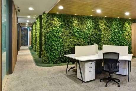4. Traga o frescor do tom verde para dentro das salas comerciais. Fonte: Pinterest