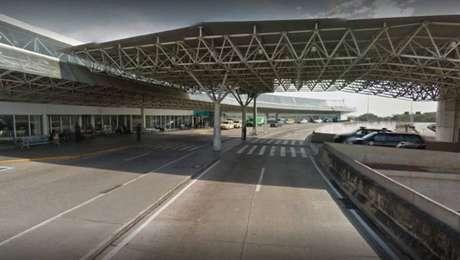 bandidos armados invadiram na manhã deste sábado, 19, o terminal de cargas da companhia aérea Latam no Aeroporto Internacional do Galeão