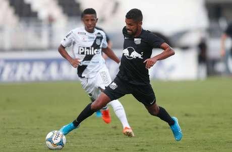 Ponte Preta e Bragantino empataram em 1 a 1 em jogo válido pela 30ª rodada da Série B do Campeonato Brasileiro