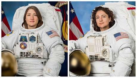 Christina Koch (esquerda) e Jessica Meir posam para foto oficial da Nasa.