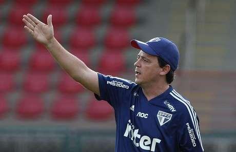 Fernando Diniz busca sua terceira vitória no comando do São Paulo (Foto: Érico Leonan/São Paulo)