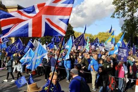 Parlamento do Reino Unido vota novo acordo do Brexit hoje