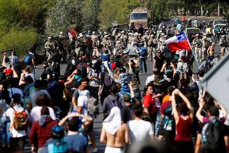 Ministro chileno confirma morte de ao menos 7 em protestos