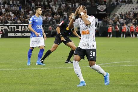 Pedrinho, do Corinthians, durante partida contra o Cruzeiro, válida pela 27ª rodada do Campeonato Brasileiro 2019, na Arena Corinthians