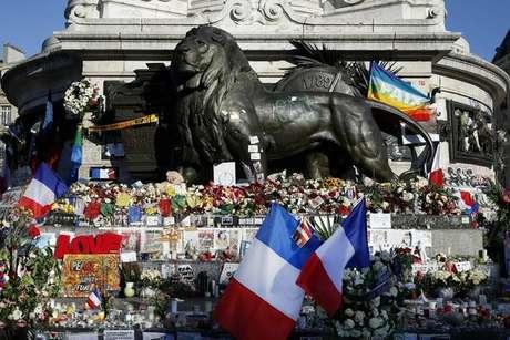 Homenagem às vítimas dos atentados de 13 de novembro, em Paris