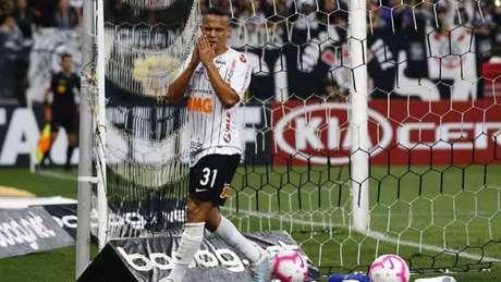 Janderson lamenta chance perdida contra o Cruzeiro na Arena (Foto:Luis Moura / WPP / Lancepress!)