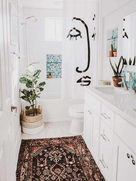 2. Escolher a cortina para banheiro é algo importante. Foto: A Casa Delas