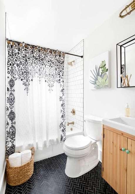 30. A cortina para banheiro também pode ser divertida. Foto: Decor Fácil