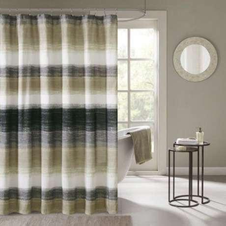 20. Mas também existem modelos de cortina para banheiro que brincam com diferentes tonalidades. Foto: Walmart