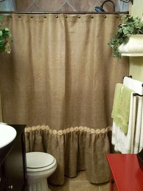 38. A cortina para banheiro pode ser bem escura. Foto: Etsy