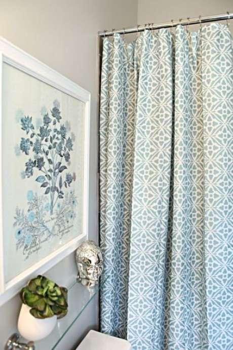 37. A cortina para banheiro é interessante por preencher o ambiente. Foto: Inspire Blog